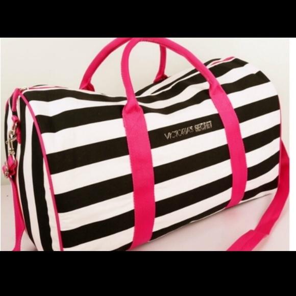 VS Stripe Travel Gym Expandable Duffle Bag. M 5acecb583afbbda8fe101bed 47e0f28fe
